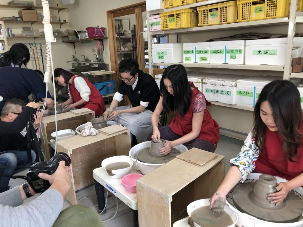 インバウンド 陶芸 香港 うどん鉢 (14)