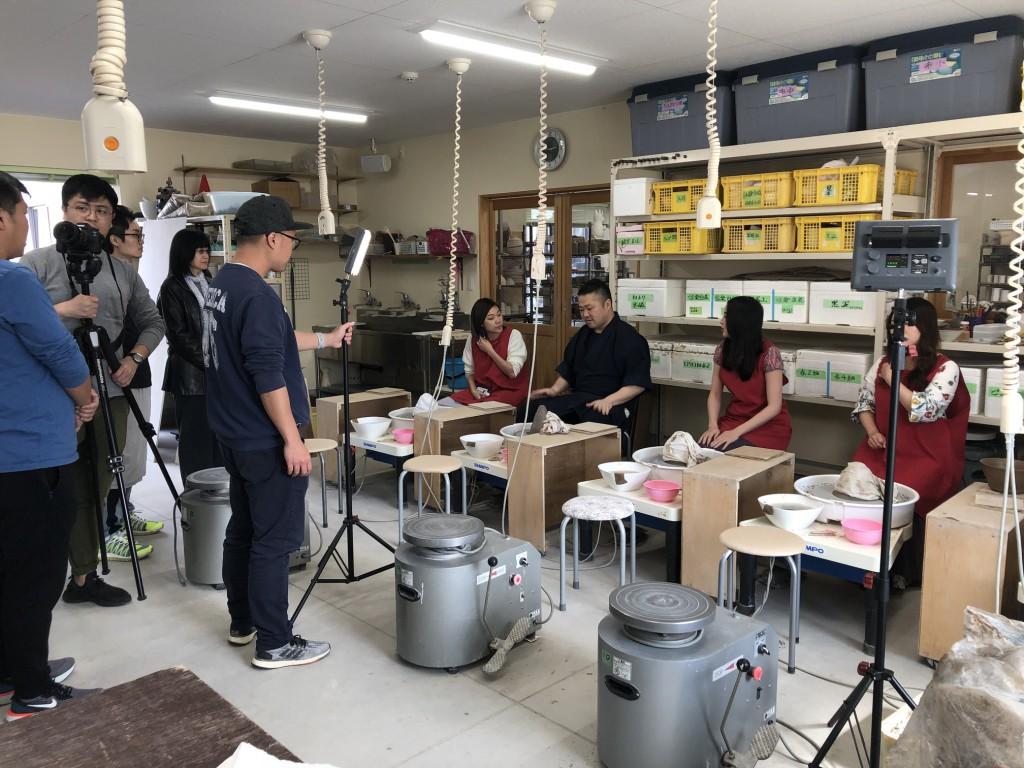 インバウンド 陶芸 香港 うどん鉢 (3)